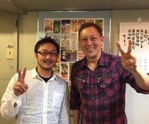 英会話教室での写真018 生徒さんとの写真です。